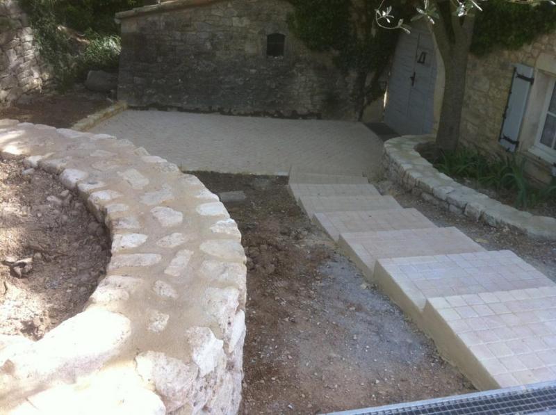 Relative Création d'une cour d'entrée d'une maison en pierre OQ57