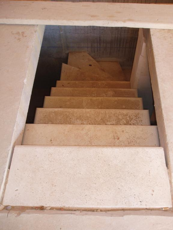 Fabulous Descente Duescalier En Pierre De Taille Du Gard With Descente D  Escalier
